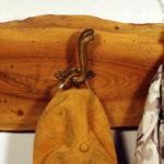 appendi abiti da parete in noce con maniglie di porte