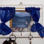 appendi chiavi bianco da parete con cuscino e materasso (g)