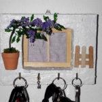porta chiavi da parete bianco con glicine (a)