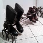 porta stivali con ferri di cavallo (4)