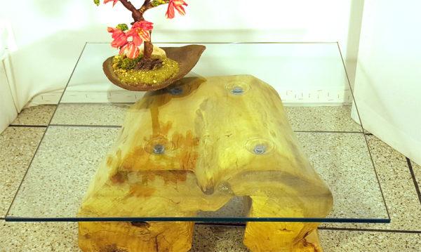 tavolino angolare da soggiorno con vetro