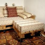 penisola per divano con pallet e ruote
