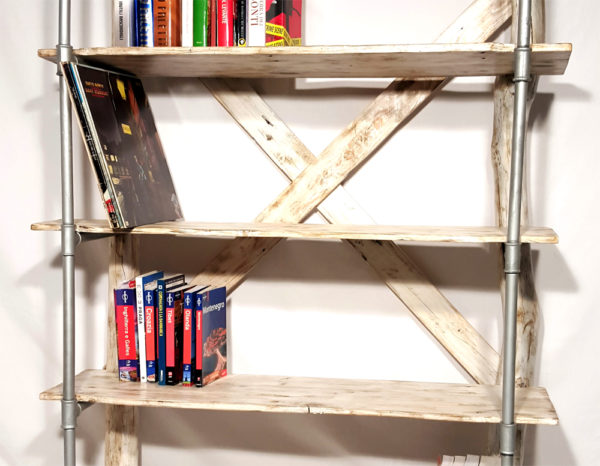 scaffali da pavimento per libri e dischi